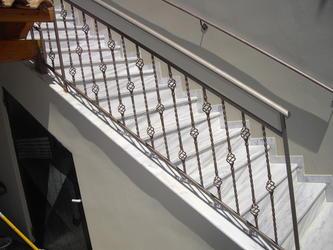 Κάγκελα σκάλας - Κυλλήνη