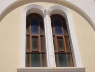 Πόρτα εκκλησίας - Κάστρο